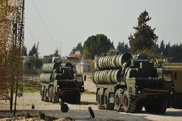 Ồ ạt xuất khẩu tên lửa S-400, đừng đùa khi người Nga làm lái súng 'đích thực'