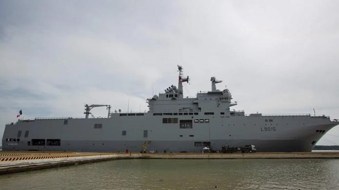 Tàu tấn công Dixmude của Pháp. Ảnh: SCMP
