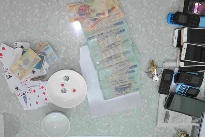 Trong 11 người bị Công an Quảng Trị bắt quả tang đánh bạc bằng hình thức xóc đĩa, có ông Phan Trung Nam, nguyên Đội phó Đội CSGT Công an huyện Hải Lăng. Ảnh minh họa
