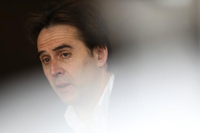 """Ông Lopetegui bị tuyển Tây Ban Nha sa thải vì """"mưu phản"""". Ảnh: Reuters."""