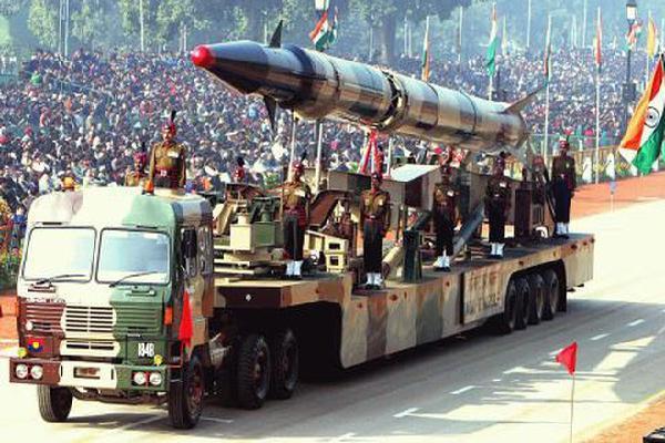 Ấn Độ muốn xây nhà máy chế tạo vũ khí tại Việt Nam