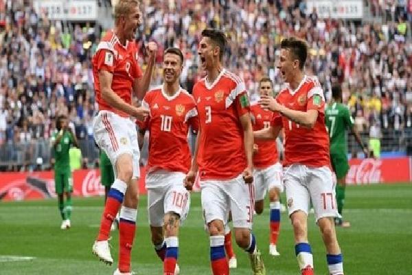 Khai mạc World Cup, 'Gấu' Nga đè bẹp Saudi Arabia 5 bàn không gỡ