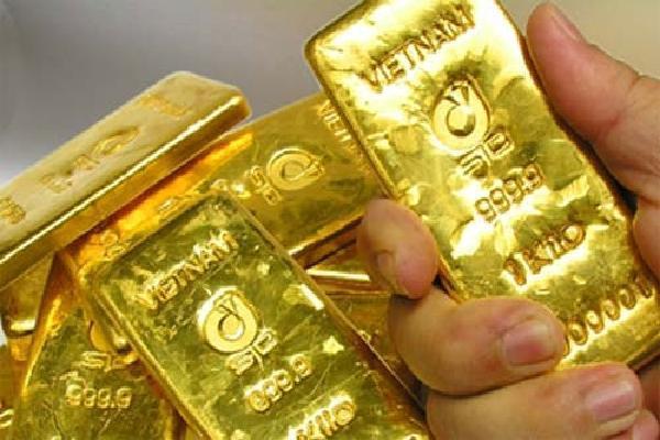 Giá vàng hôm nay 15/6: USD mạnh lên, vàng bất ngờ tăng vọt