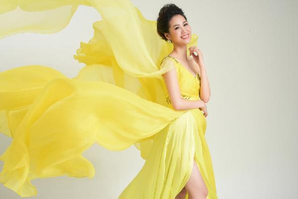 35 tuổi Hoa hậu thân thiện Dương Thùy Linh quyết định thi nhan sắc quốc tế