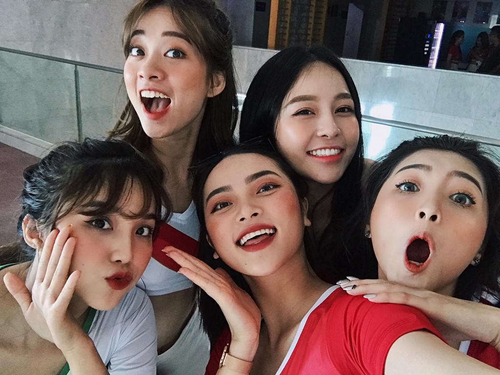 Can canh nhan sac dan hot girl Viet co vu World Cup 2018 hinh anh 2