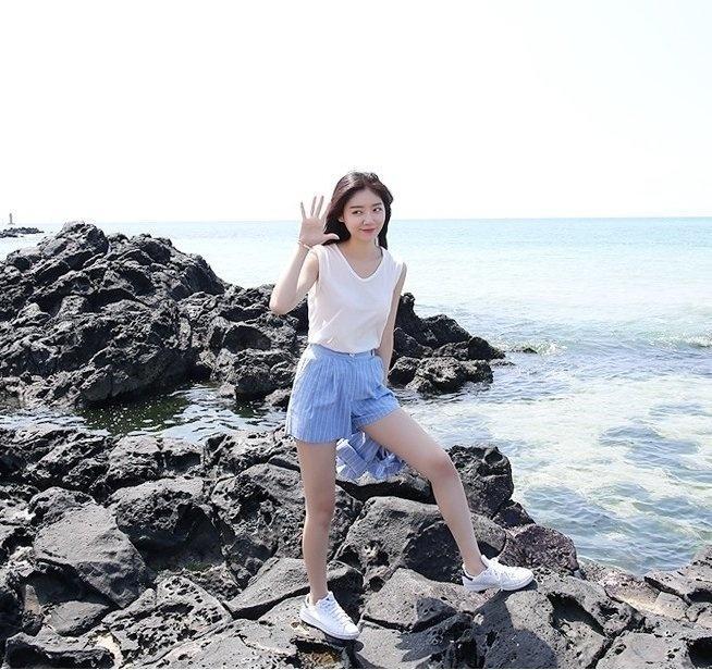 Đi biển hè này là phải diện đồ xinh yêu như vậy