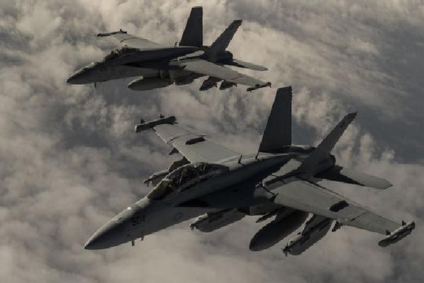 Syria cáo buộc liên quân Mỹ không kích vị trí quân đội chính phủ