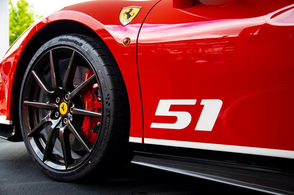 Sieu xe Ferrari 488 Pista ra mat phien ban dac biet hinh anh 5