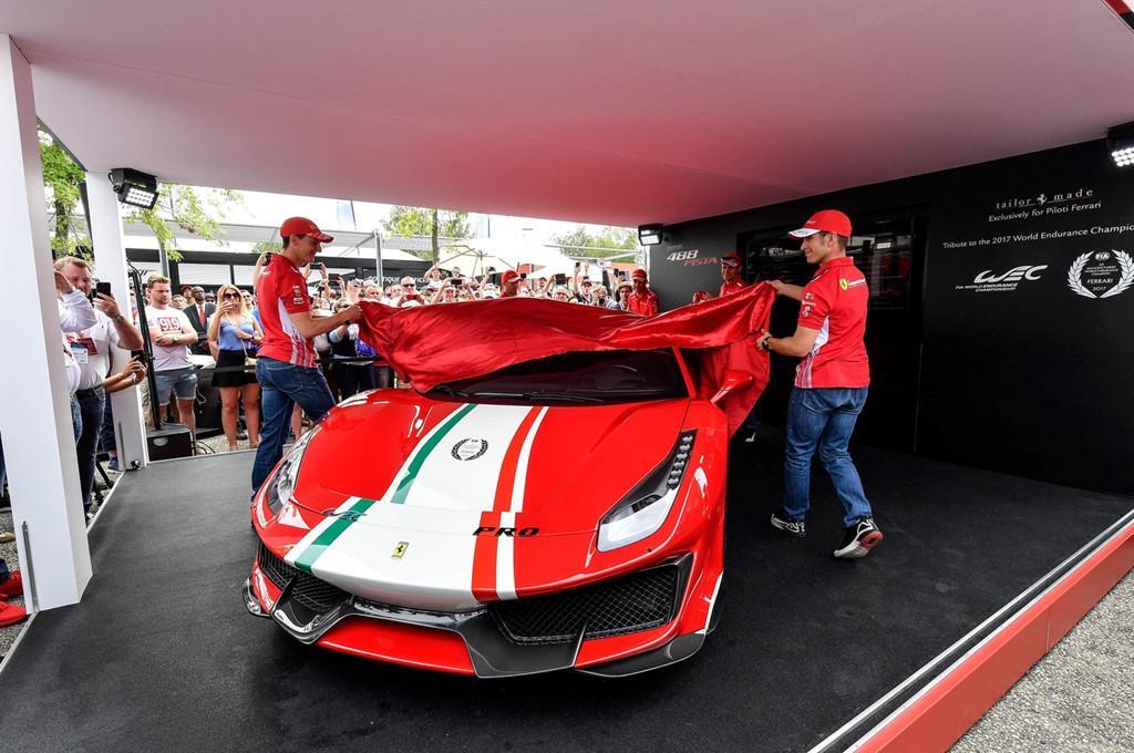Sieu xe Ferrari 488 Pista ra mat phien ban dac biet hinh anh 1
