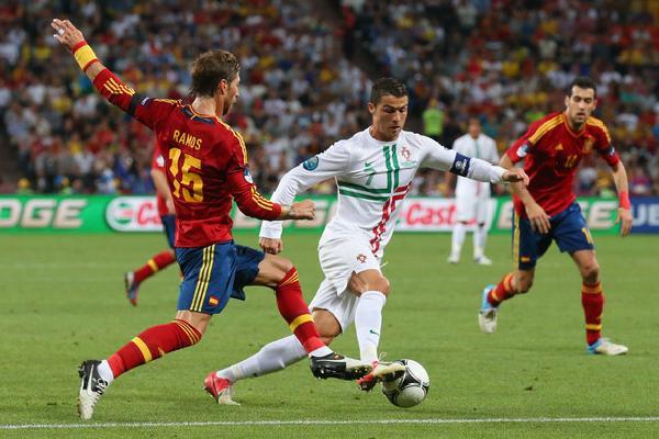 Đội hình kết hợp Tây Ban Nha vs Bồ Đào Nha: Cr7 + 10