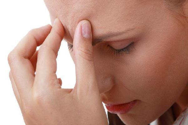 Đau nửa đầu - bệnh thường gặp những không phải ai cũng biết cách chữa