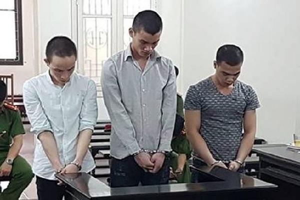 Hiếp dâm thiếu nữ bị say rượu, 3 thanh niên lãnh án