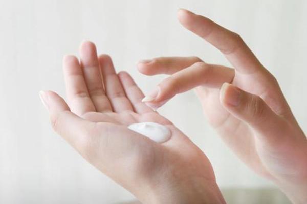 Bệnh huyết trắng ở chị em phụ nữ và cách phòng ngừa
