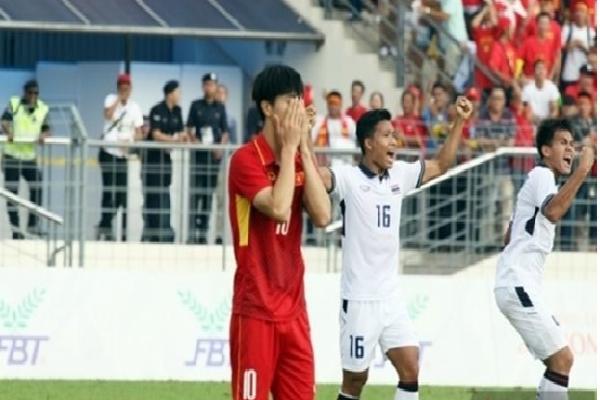 Bầu Đức mơ World Cup, đội tuyển Việt Nam vẫn 'sợ' vô địch AFF Cup vì ngán Thái Lan?