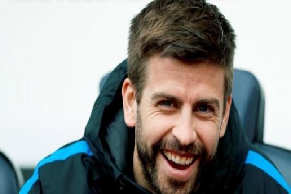 Nghi án Pique là người châm ngòi vụ khủng hoảng trên tuyển Tây Ban Nha