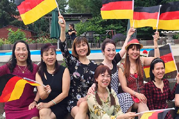 Người Việt ở Đức 'tiếp lửa' World Cup