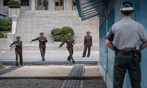 Binh sĩ Triều Tiên tạiPanmunjom tháng 10/2017. Ảnh: Yonhap