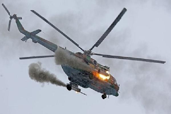 Trực thăng vũ trang Nga diễn tập tấn công mục tiêu mặt đất