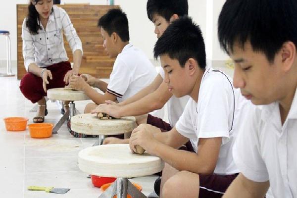 Trường Albert Einstein(TP.HCM) tuyển chọn và trao660 học bổngchonăm học mới