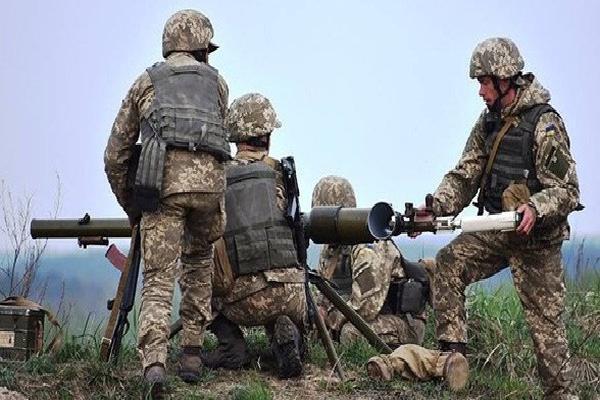 Chiến sự Ukraine: Quân đội Kiev dùng đồ Mỹ tấn công Donbass