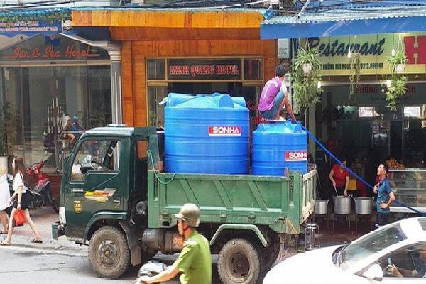 Đảo Cát Bà 'quay quắt' vì thiếu nước ngọt, dân phải mua giá cao