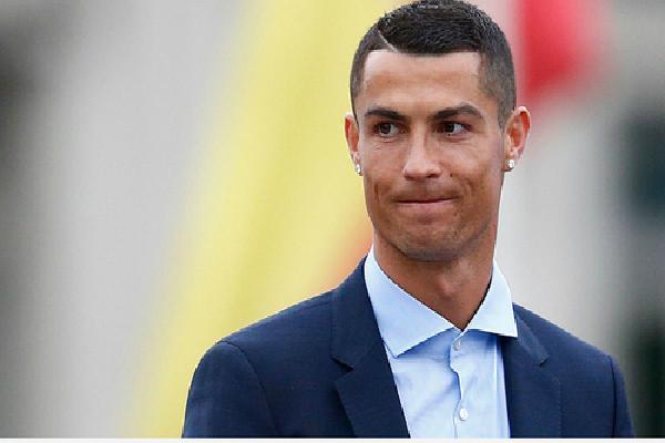 Ronaldo chấp nhận trả 22,6 triệu đôla vì trốn thuế