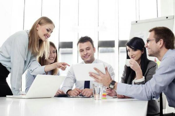 6 gợi ý giúp làm việc với sếp mới hiệu quả hơn