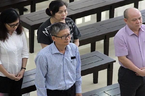 Trả lại tiền tham ô, Đinh Mạnh Thắng được giảm án
