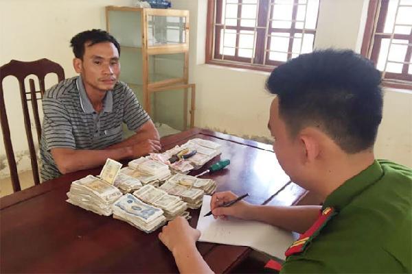 Tóm gọn đối tượng chuyên đột nhập chùa trộm tiền lẻ bằng thủ đoạn táo tợn