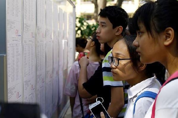 Sáng nay, gần 10 vạn thí sinh Hà Nội bắt đầu thi lớp 10