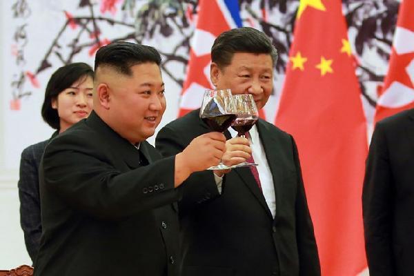 Ông Tập nói với Kim Jong Un: Bán đảo Triều Tiên sẽ có hòa bình