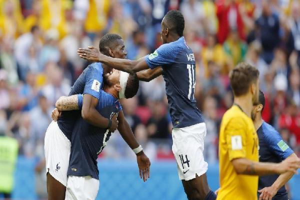 Vì sao 'đầu vàng' Giroud sẽ giúp kích nổ hàng công tuyển Pháp trước Peru?