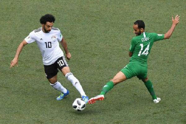 Saudi Arabia - Ai Cập: Salah lốp bóng tinh tế không cứu nổi 'Pharaoh'
