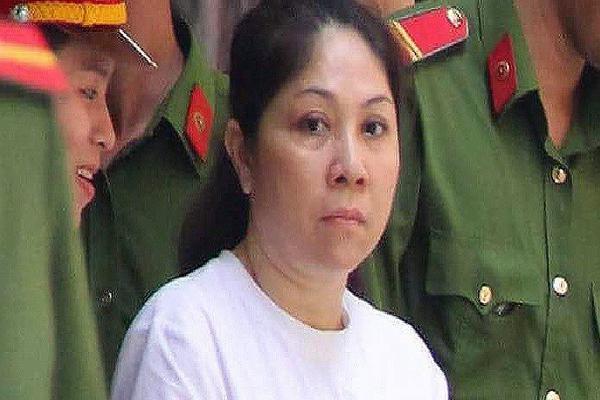 Bà trùm buôn ma túy phẫu thuật thẩm mỹ trốn truy nã suốt 12 năm như thế nào?