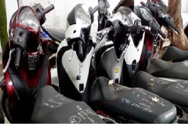 Đường dây tiêu thụ hơn 500 xe gian ở Sài Gòn