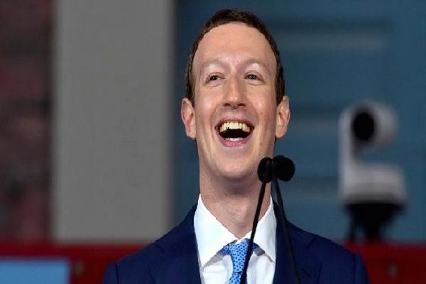 CEO Facebook chuẩn bị trở thành người giàu thứ 3 thế giới?