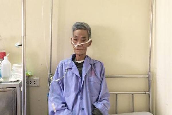 Cụ ông ung thư hiến giác mạc nhờ câu chuyện của bé Hải An