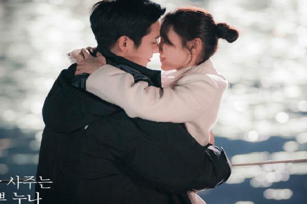 Xu hướng phim Hàn, 'đầu voi đuôi chuột' và những cái kết khiến khán giả phải... hết kiên nhẫn!