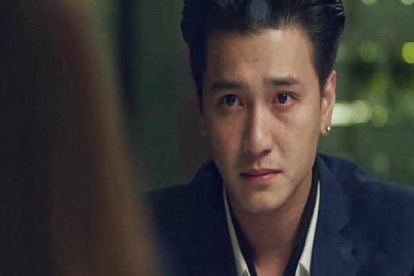 Huỳnh Anh khẳng định từng được mời vào vai nam chính 'Hậu Duệ Mặt Trời', nhưng sau đó NSX đổi diễn viên mà không thông báo