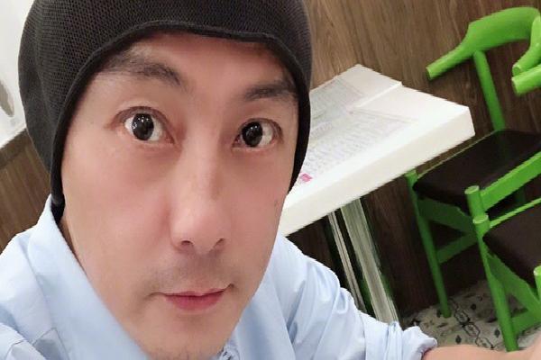 Lộ clip tài tử 'Như Ý Cát Tường' bị cảnh sát bắt vì sử dụng ma túy tại Bắc Kinh?