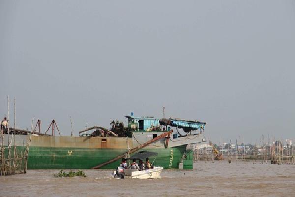 Tìm thấy thi thể đại úy công an mất tích trong vụ tai nạn trên sông Hậu