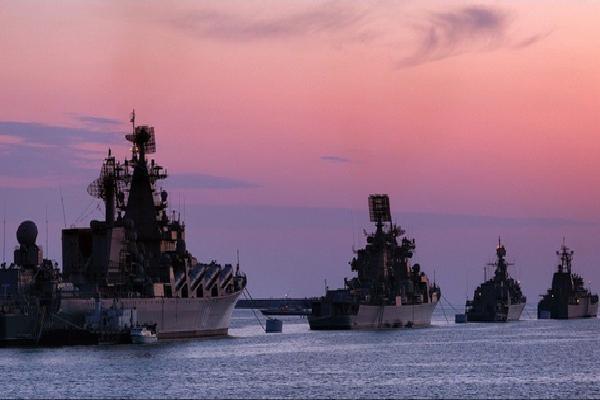 Bị dồn vào chân tường, 'Gấu Nga' trỗi dậy, phản đòn với lực lượng cực mạnh ở Địa Trung Hải