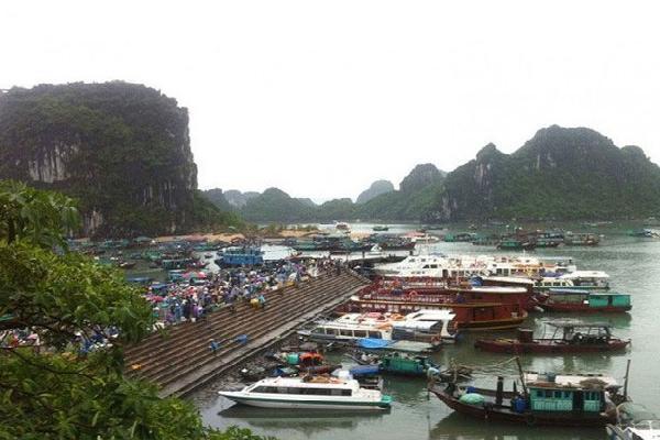 Quảng Ninh: Sét đánh khiến toàn bộ điện lưới đảo Cô Tô mất điện kéo dài