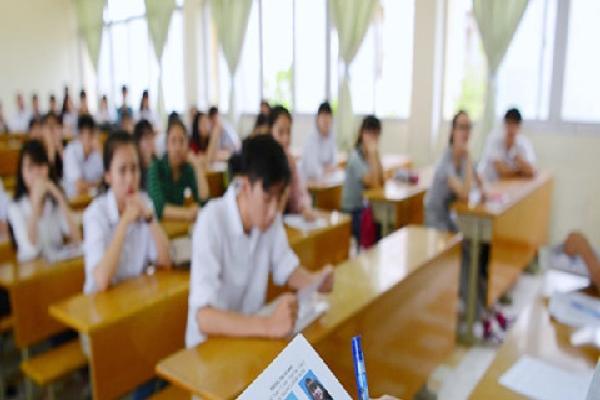Hơn 8.000 giám thị, 252 thanh tra thi cắm chốt tại Sài Gòn