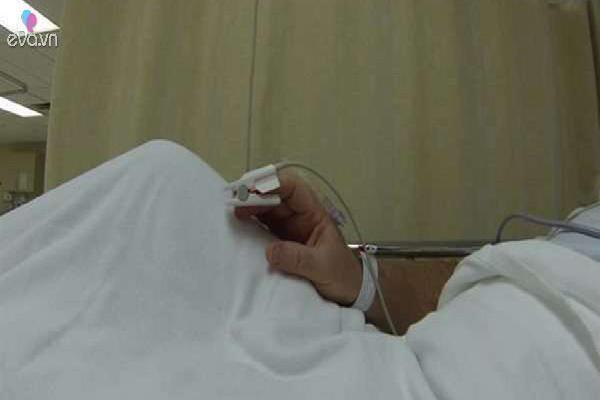 Đau bụng nhập viện, người đàn ông khiến bác sĩ kinh hãi khi thấy thứ trong cơ thể