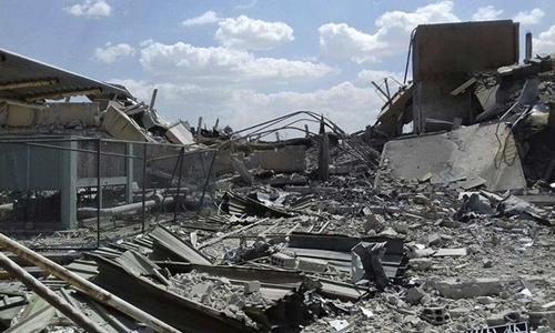 Trung tâm khoa học Syria nát vụ sau đòn không kích của Mỹ và đồng minh. Ảnh: AFP.