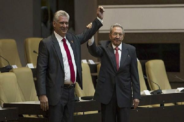 Ông Diaz-Canel được bầu làm Chủ tịch Cuba