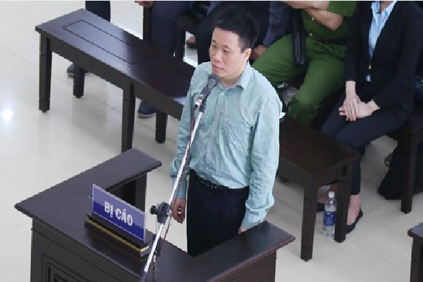 Nhiều bị cáo trong vụ án Hà Văn Thắm khóc xin giảm tội