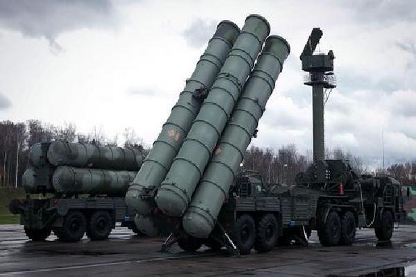 Nỗi lo sợ của Israel nếu Syria mua tên lửa S-300 Nga