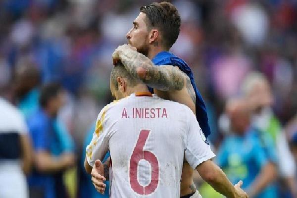 Ramos: 'Iniesta đáng ra có thể giành hai Quả Bóng Vàng'